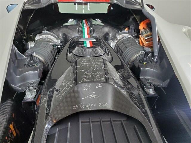 2015 Ferrari La image _60edb0e0db22e8.49895782.jpg