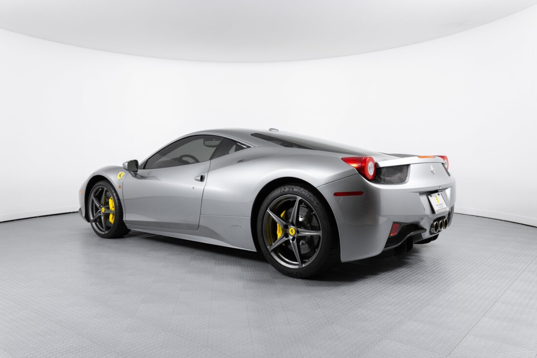 2010 Ferrari  458 Italia image _60edc17b1cace5.10690087.jpg