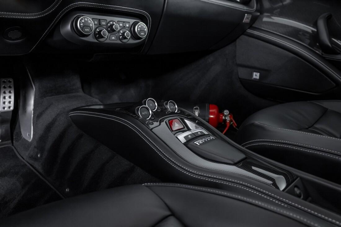 2010 Ferrari  458 Italia image _60edc1bd9d22d0.37609152.jpg