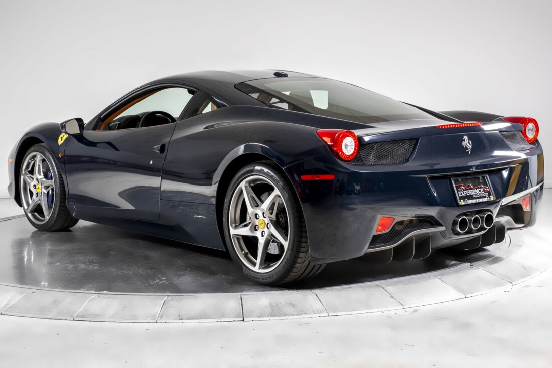 2011 Ferrari  458 Italia image _60edc3a6a32176.96445964.jpg