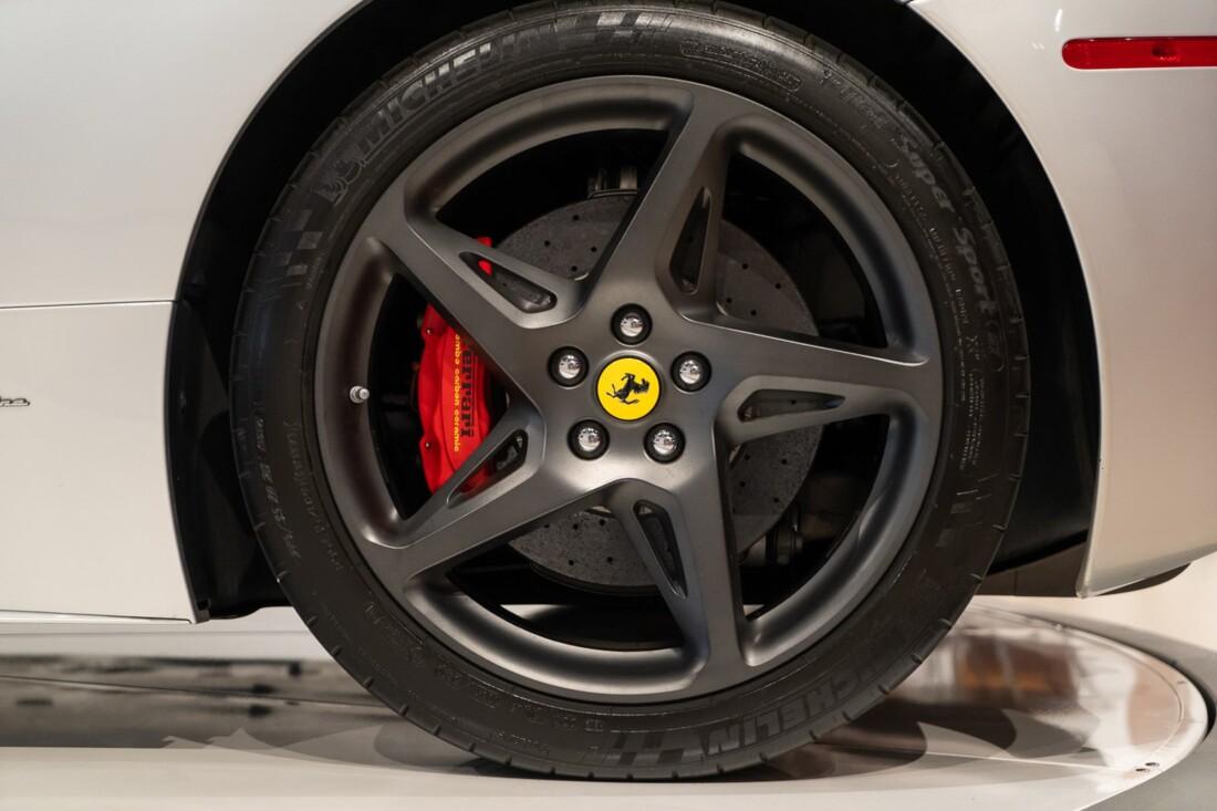 2011 Ferrari  458 Italia image _60edcae9e726b0.25109967.jpg
