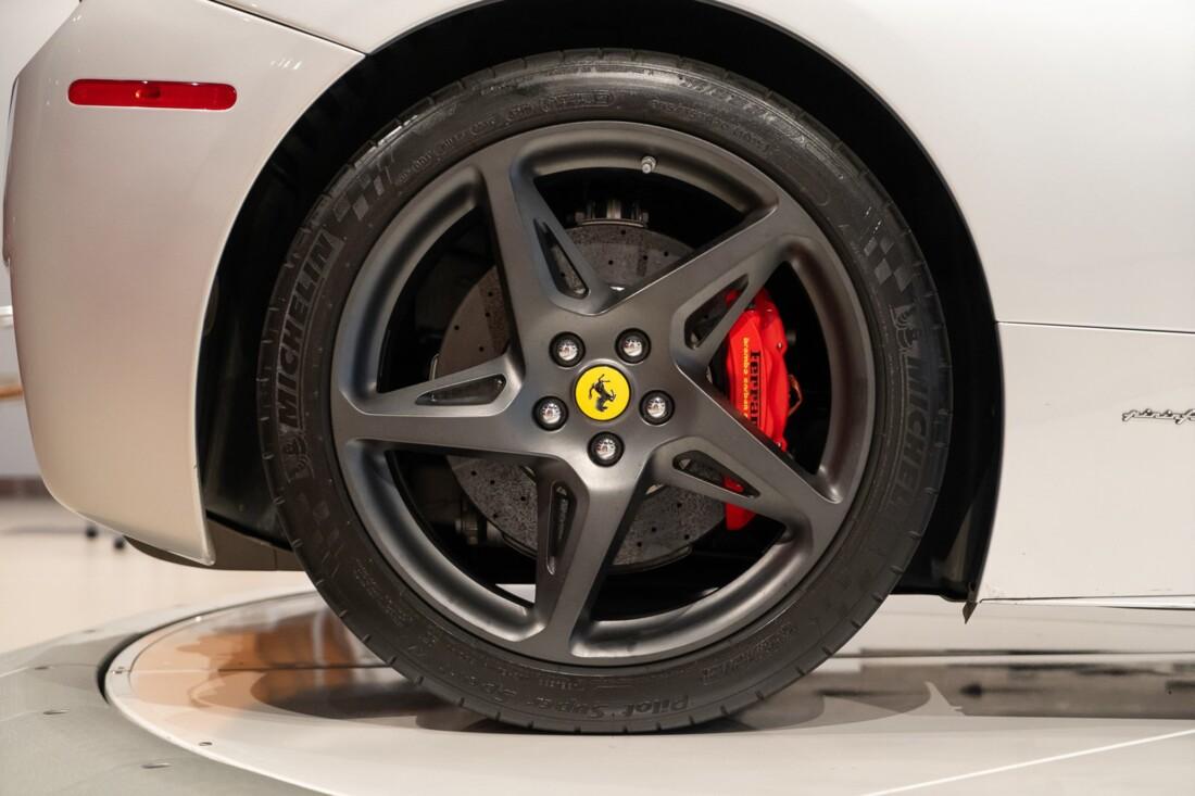 2011 Ferrari  458 Italia image _60edcaeabc5987.29813880.jpg
