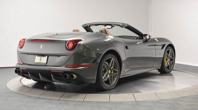 2016 Ferrari  California T image _60edcebee7eac1.55835038.jpg