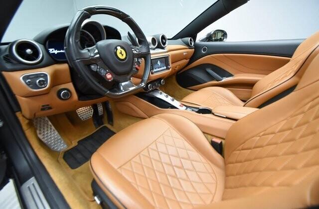 2016 Ferrari  California T image _60edcec5c0b526.50024191.jpg