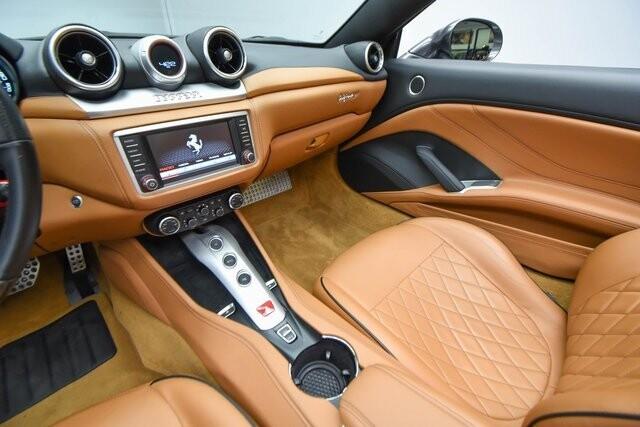 2016 Ferrari  California T image _60edcec8bbf8f7.69646445.jpg