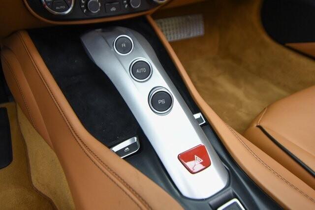 2016 Ferrari  California T image _60edcec9193683.28633038.jpg