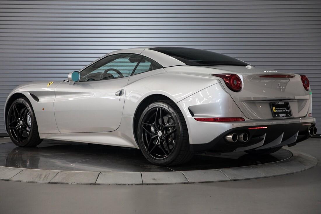 2015 Ferrari  California T image _60f281439947f7.75189252.jpg