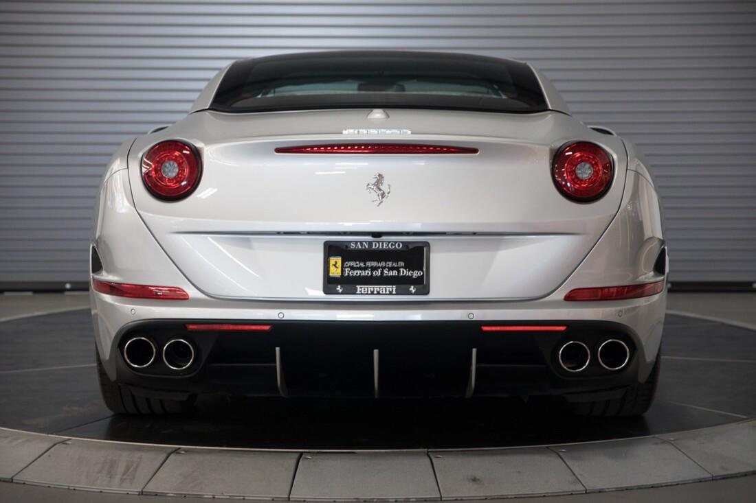 2015 Ferrari  California T image _60f28144b933e9.13095862.jpg