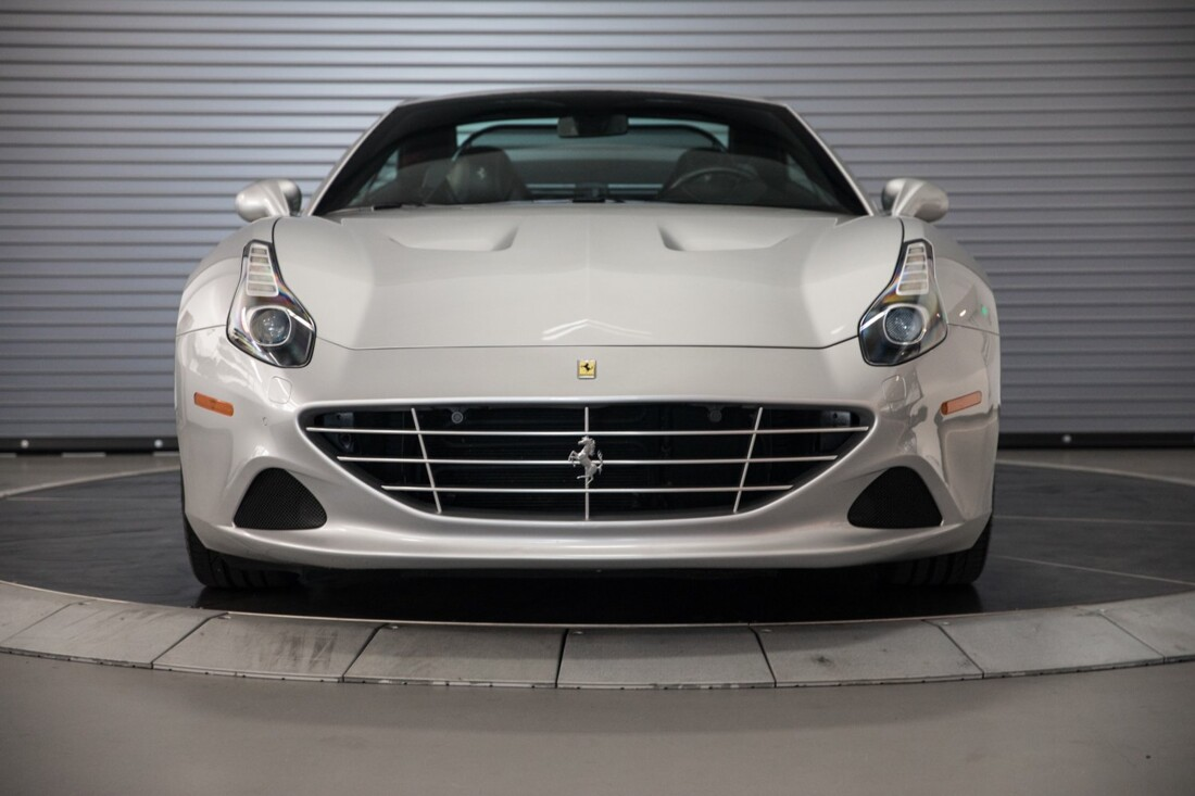 2015 Ferrari  California T image _60f281454b5a91.60961807.jpg