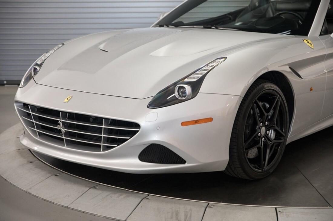 2015 Ferrari  California T image _60f28146889b90.40992989.jpg