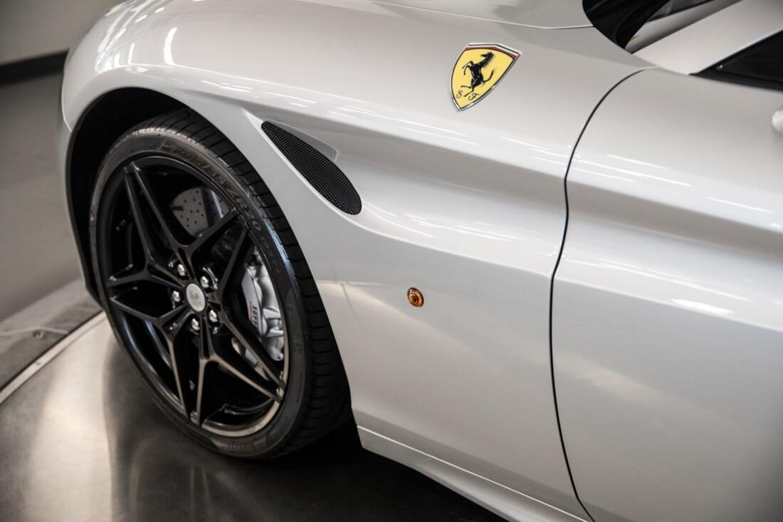 2015 Ferrari  California T image _60f28148c26841.61523917.jpg