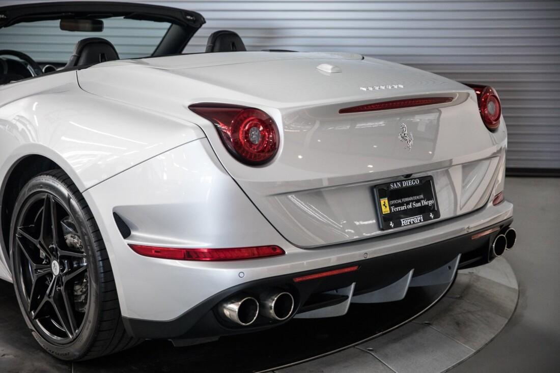 2015 Ferrari  California T image _60f28149edd521.77730673.jpg
