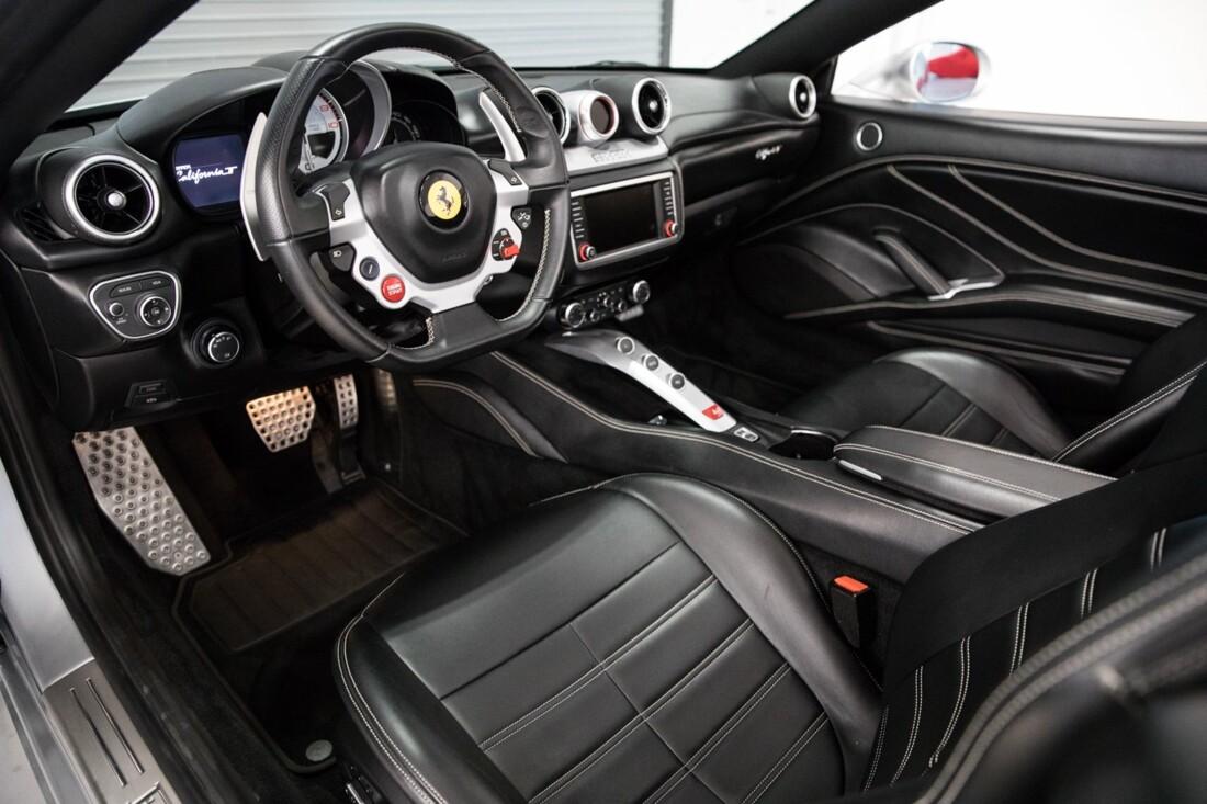 2015 Ferrari  California T image _60f2814b19d3f5.39616192.jpg