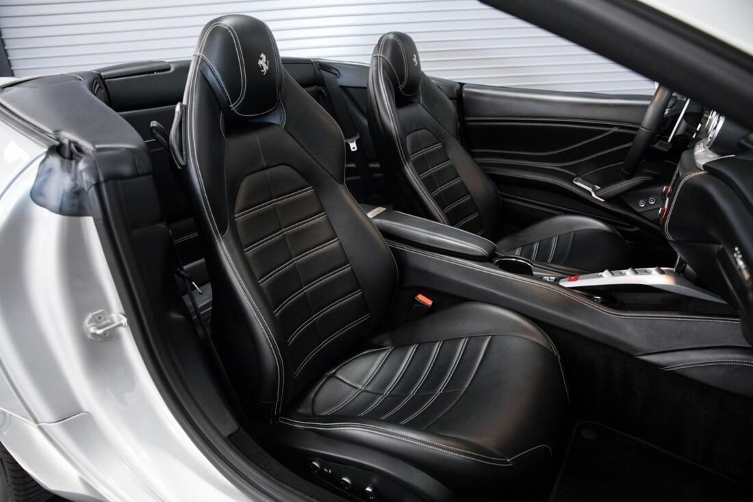 2015 Ferrari  California T image _60f281541853b1.95463507.jpg