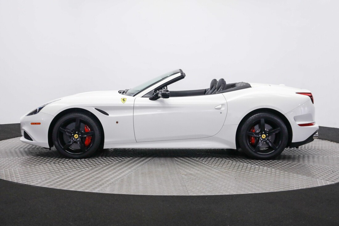 2016 Ferrari Ferrari California image _60f9042cb596b8.70379142.jpg