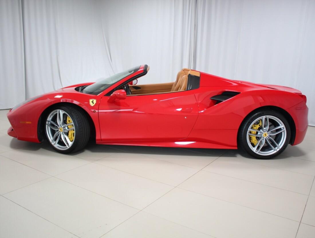 2017 Ferrari 488 Spider image _60f90911e33094.81886356.jpg