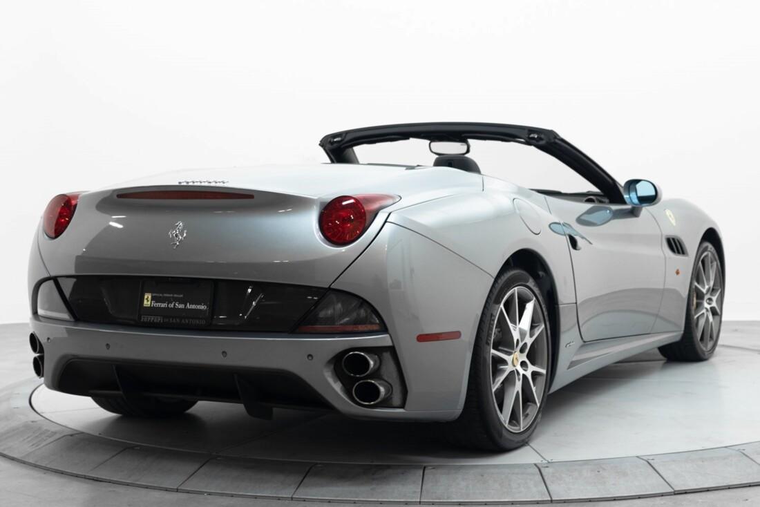 2012 Ferrari  California image _60f90b5bb88631.67685606.jpg
