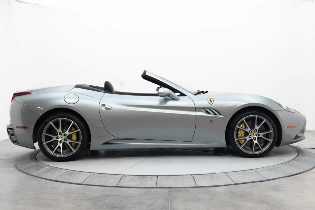 2012 Ferrari  California image _60f90b5f404af4.99263158.jpg