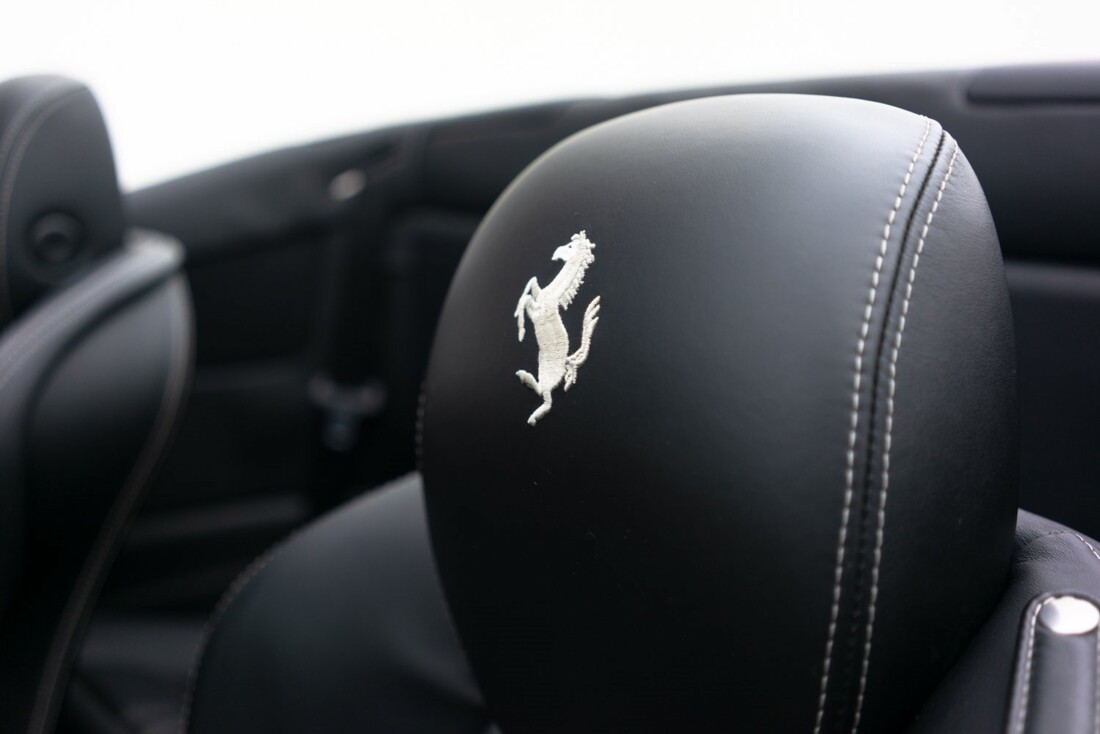 2012 Ferrari  California image _60f90b7033b264.51812781.jpg