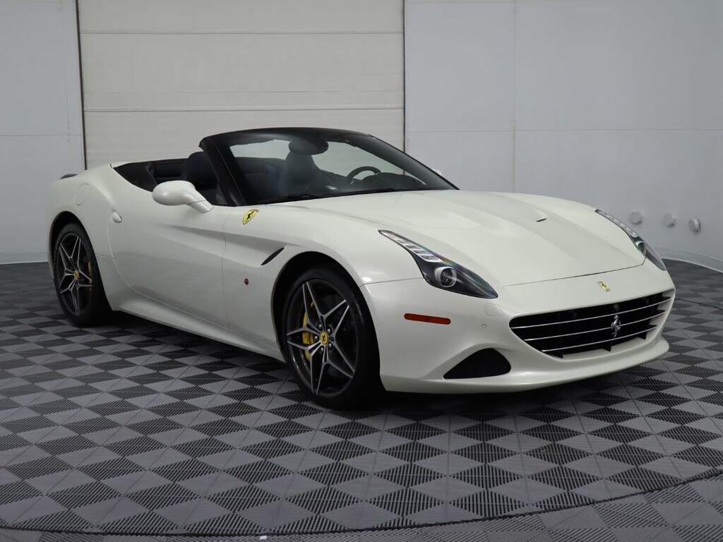 2015 Ferrari  California image _60f90dcc7e40c6.78348191.jpg
