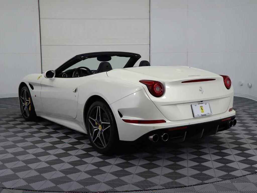 2015 Ferrari  California image _60f90dce73efd1.18687341.jpg
