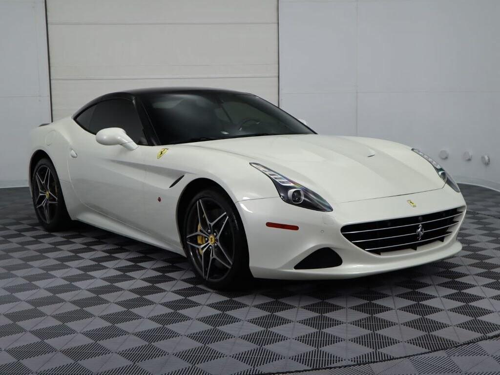 2015 Ferrari  California image _60f90dd0b9db35.68758548.jpg