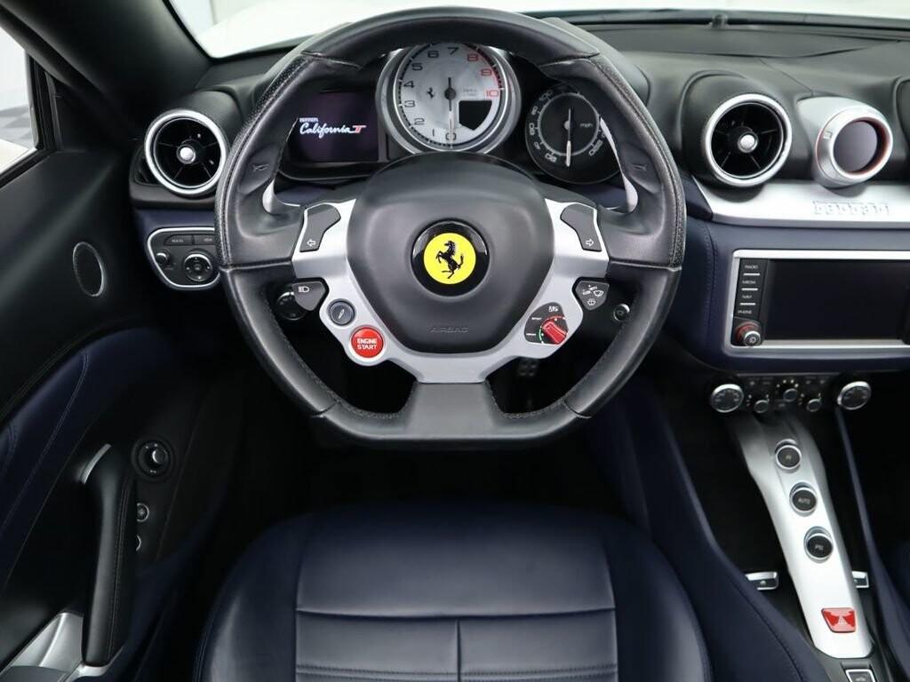 2015 Ferrari  California image _60f90dd4525103.14267269.jpg