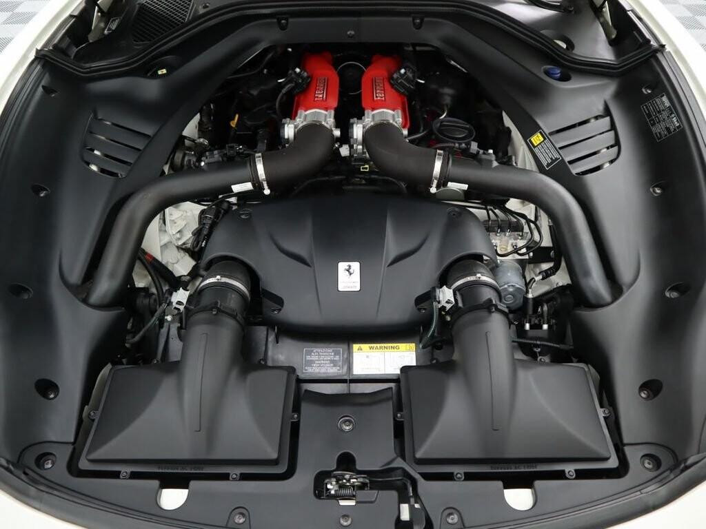 2015 Ferrari  California image _60f90ddd8ca580.84665662.jpg