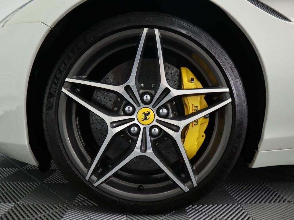 2015 Ferrari  California image _60f90dde372eb3.05016261.jpg