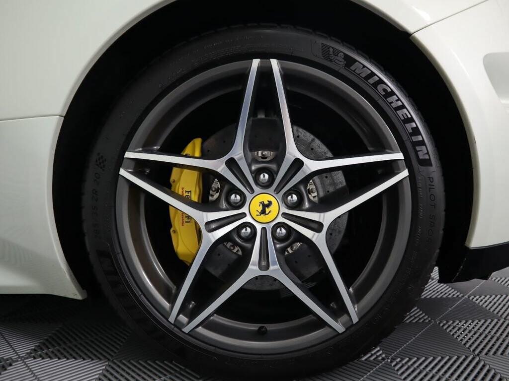2015 Ferrari  California image _60f90ddeab3c31.72605077.jpg