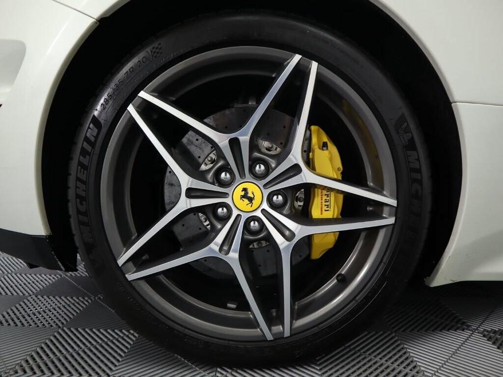 2015 Ferrari  California image _60f90ddf3e7d23.18714016.jpg