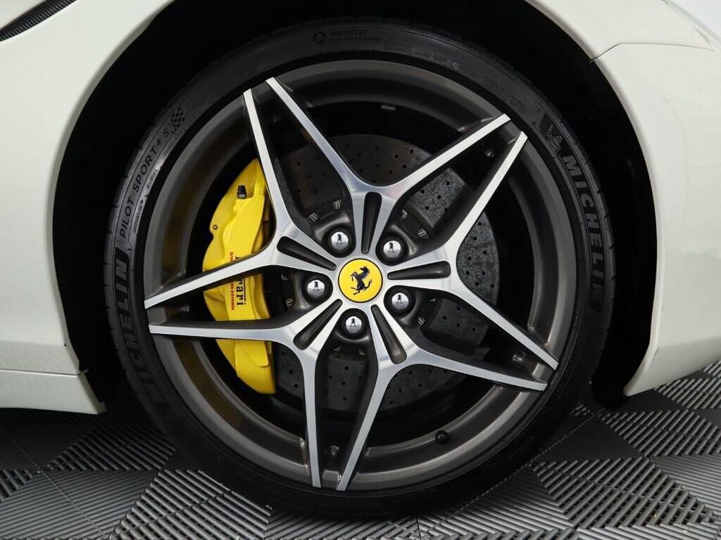 2015 Ferrari  California image _60f90ddfb3bf02.72032642.jpg