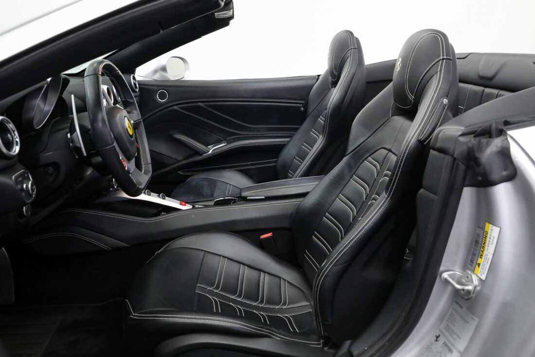 2015 Ferrari  California image _60fe5fab7f1125.93088633.jpg
