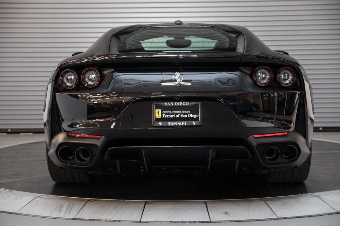 2019 Ferrari 812 Superfast image _6104f5a5bebba5.25096409.jpg