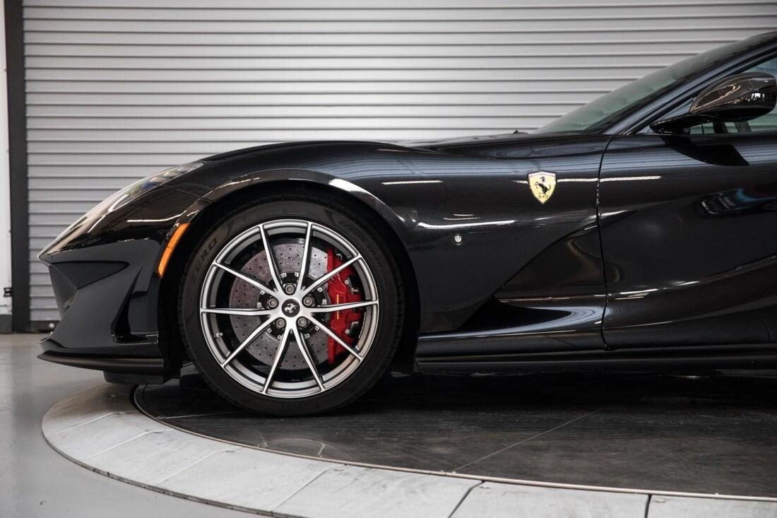 2019 Ferrari 812 Superfast image _6104f5a8ae1447.19090546.jpg