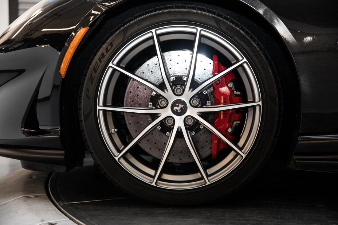 2019 Ferrari 812 Superfast image _6104f5a942d991.26371903.jpg