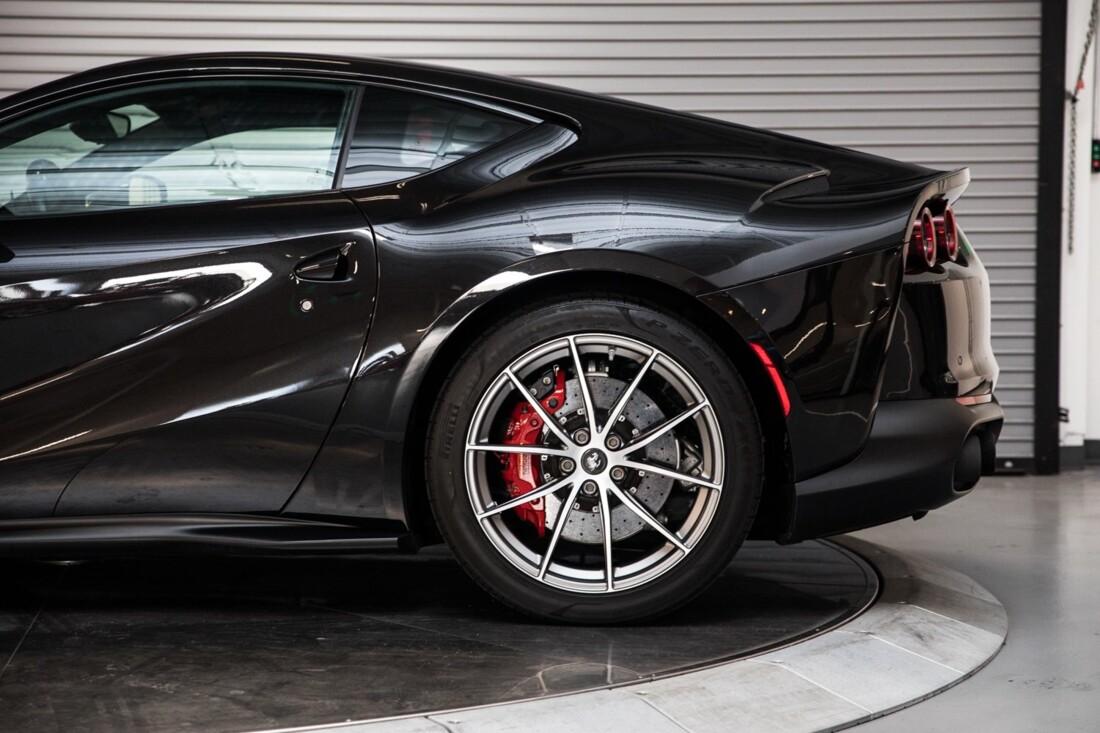 2019 Ferrari 812 Superfast image _6104f5ab811722.10677161.jpg