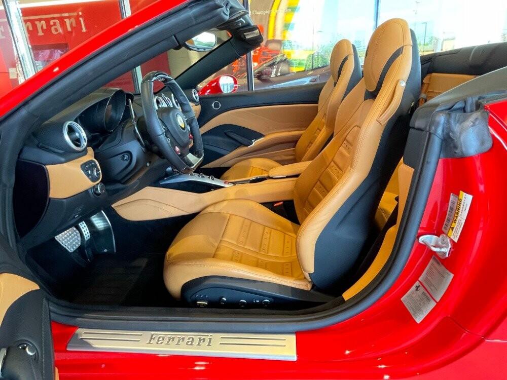 2016 Ferrari  California image _610646ba9c7a68.61922806.jpg