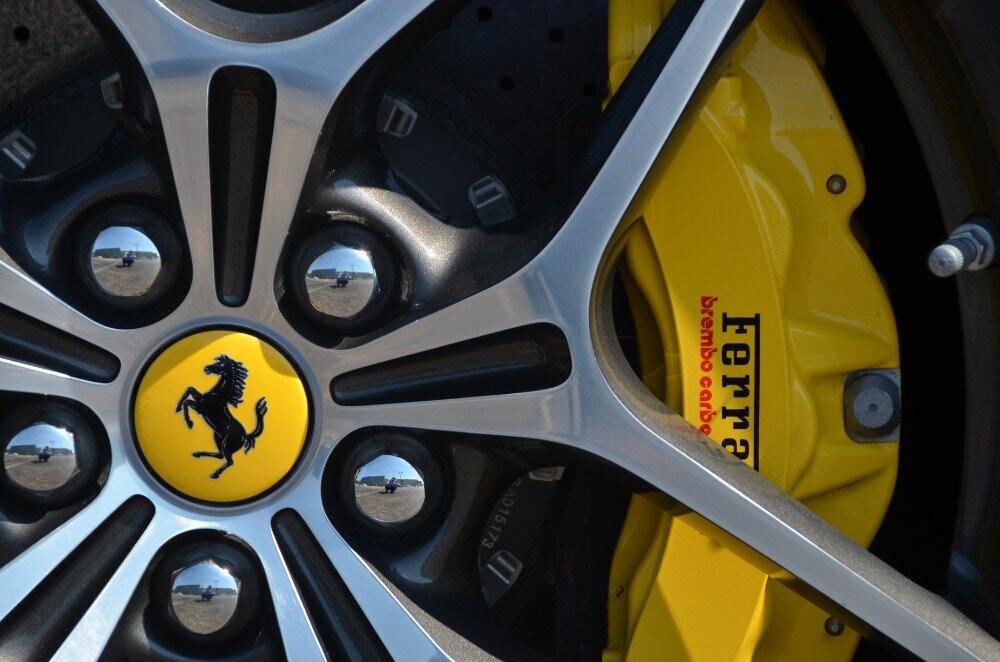 2016 Ferrari  California image _610646bf801000.79846056.jpg