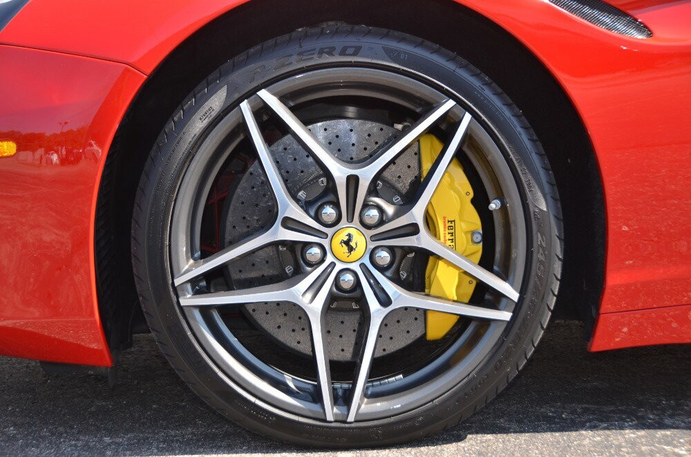 2016 Ferrari  California image _610646bfecad57.98856665.jpg