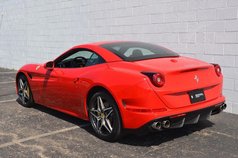 2016 Ferrari  California image _610646c51e17d1.90603358.jpg