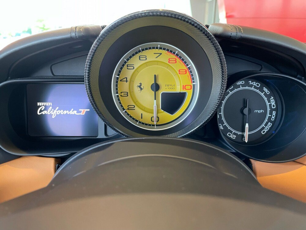 2016 Ferrari  California image _610646d0ca16e5.52548978.jpg