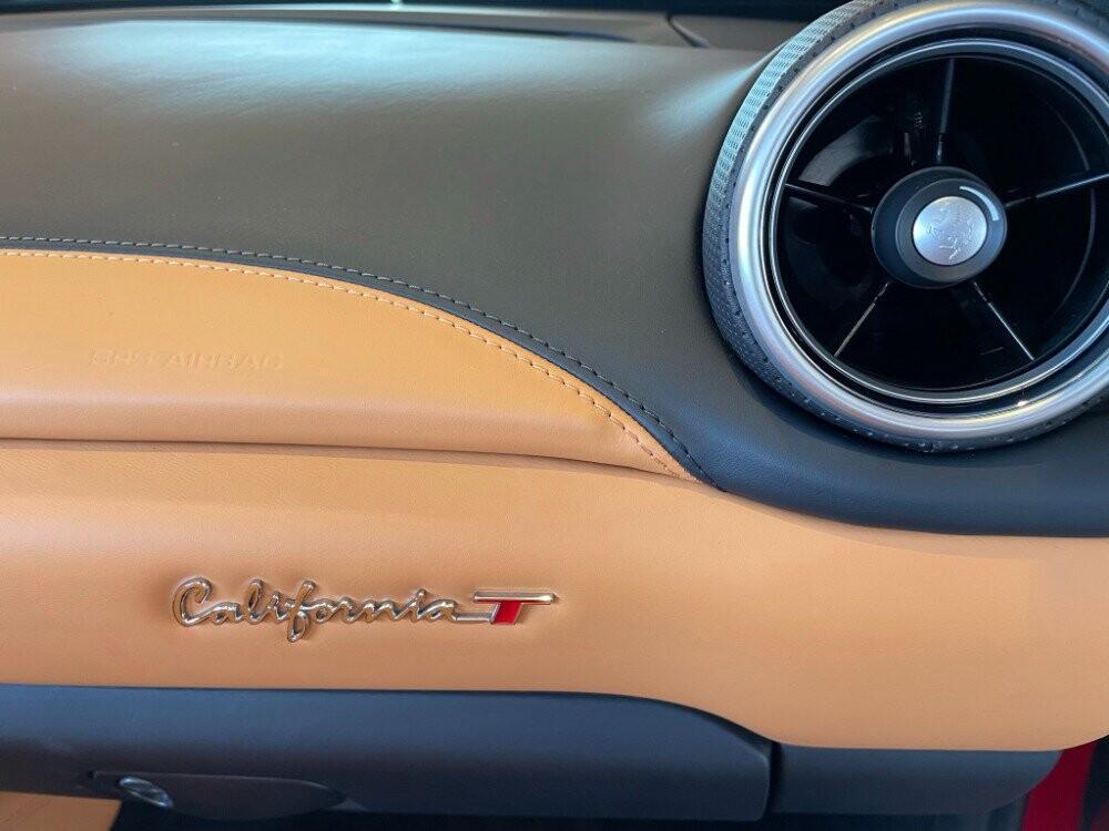 2016 Ferrari  California image _610646daa14aa4.92834572.jpg