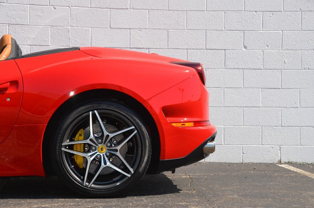 2016 Ferrari  California image _610646e06db200.58483479.jpg
