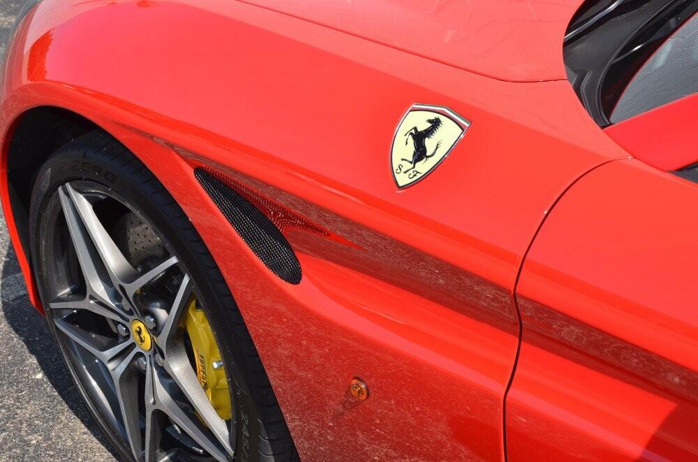 2016 Ferrari  California image _610646e38c1517.70323104.jpg
