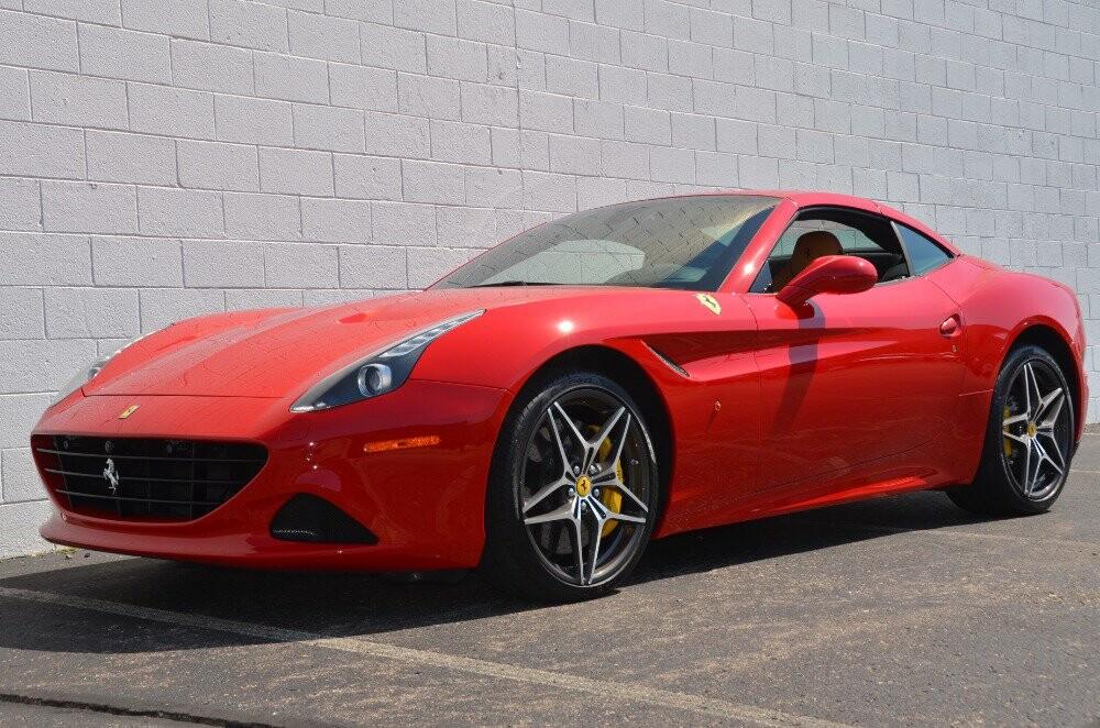 2016 Ferrari  California image _610646e69fe3e9.42978199.jpg