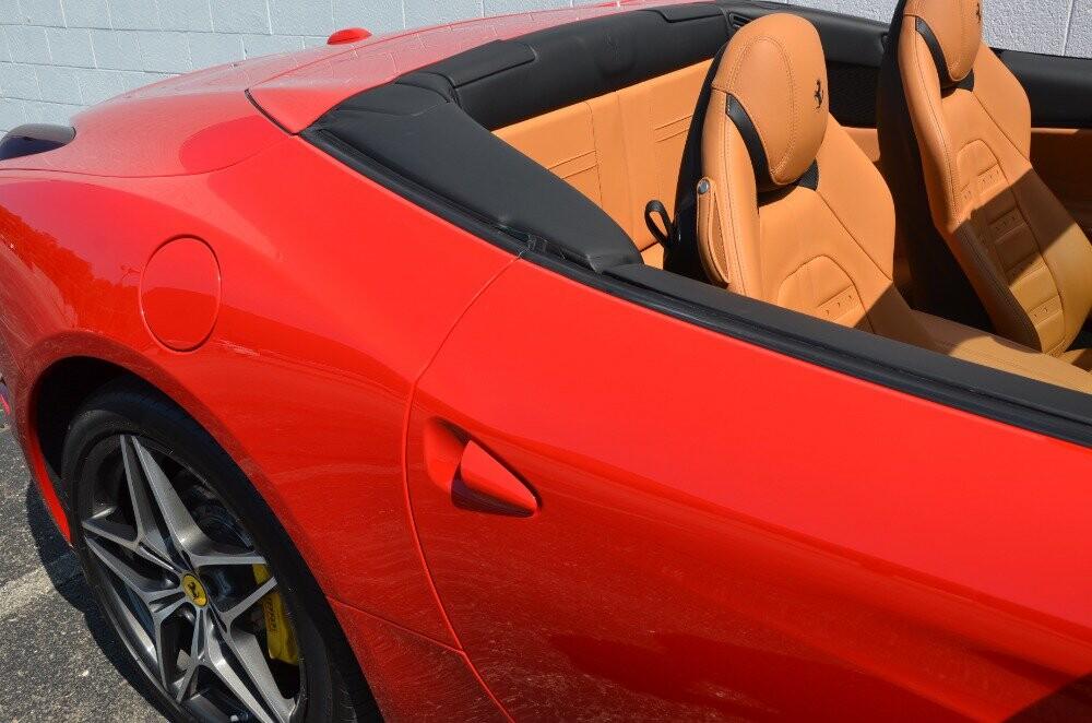 2016 Ferrari  California image _610646ed1ba275.35617092.jpg