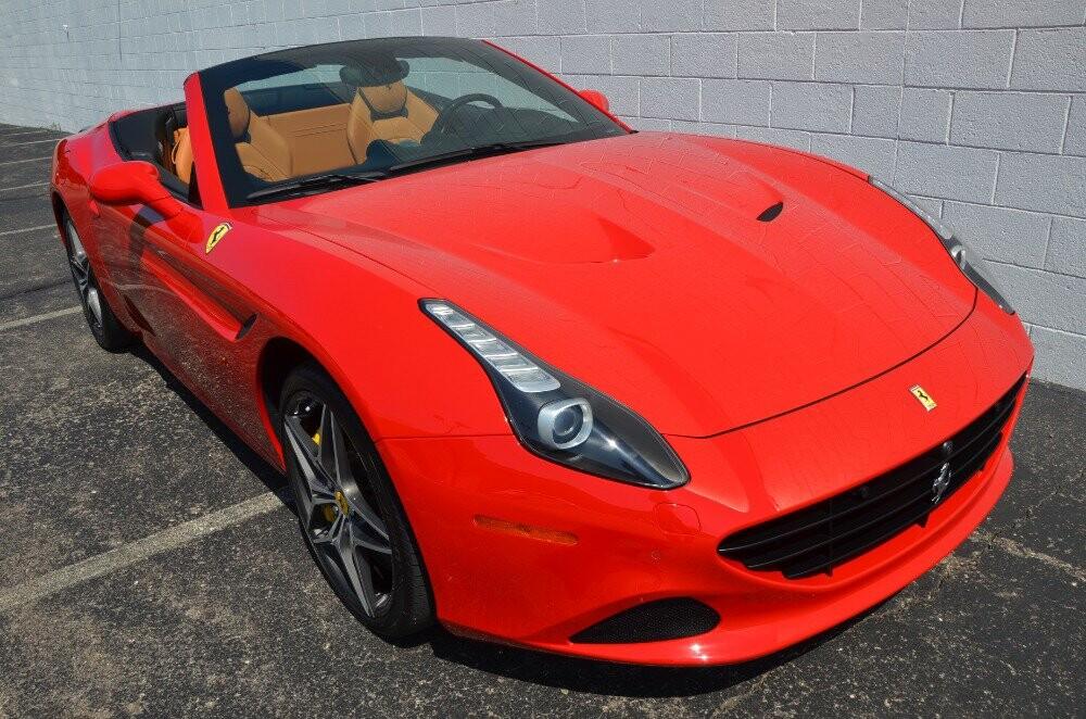 2016 Ferrari  California image _610646ee1e1cb3.58074478.jpg