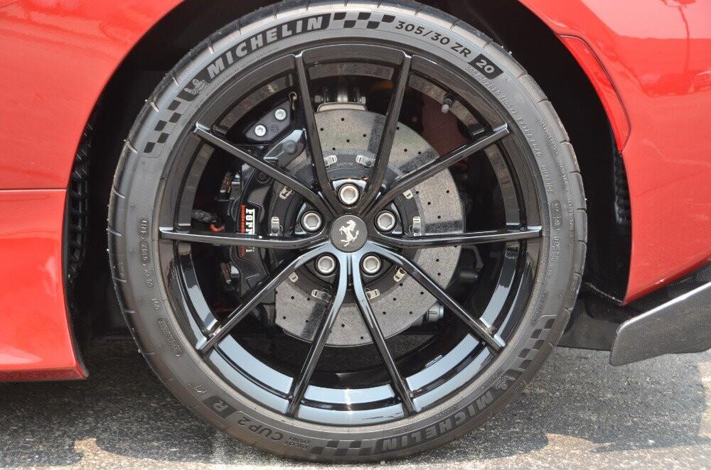 2019 Ferrari  488 Pista image _61064736937150.75774838.jpg