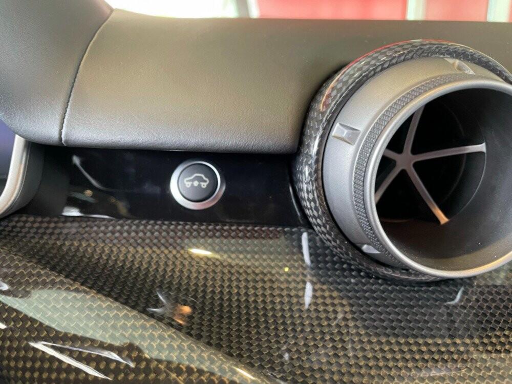 2014 Ferrari F12berlinetta image _610647762d6486.99380334.jpg
